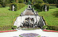 Picture: Neptun Fountain with cascade and pergolas