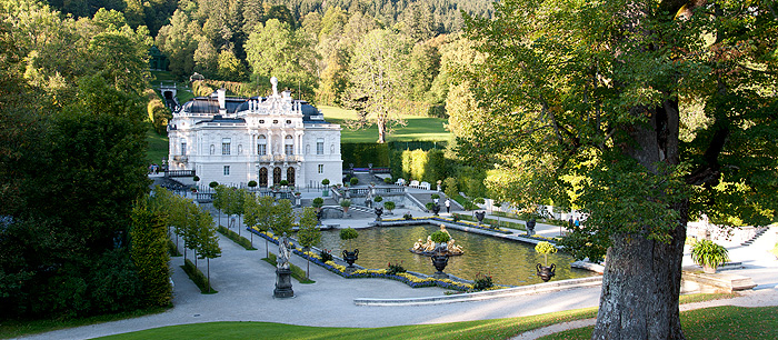 Picture: Linderhof Palace today
